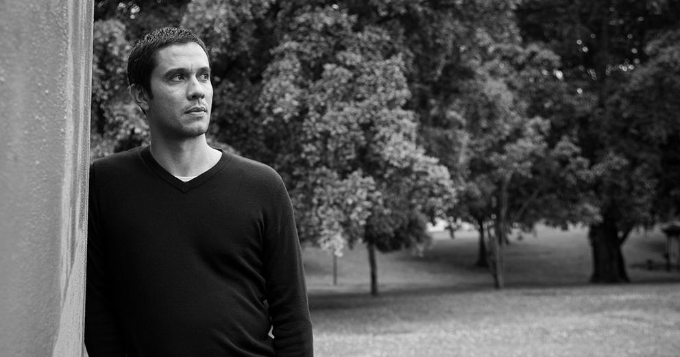 Entre nós e as palavras com o escritor Sandro William Junqueira