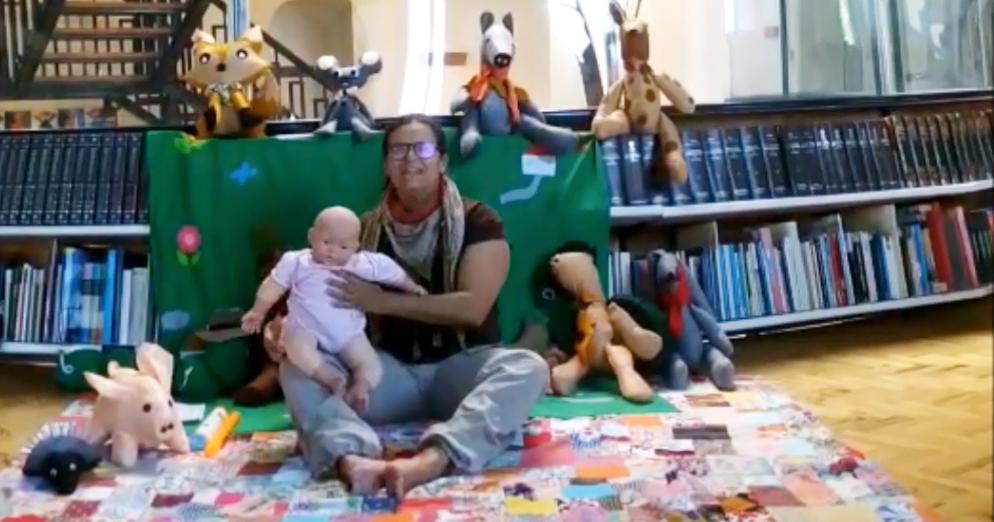 A bebeteca ao sábado: ler antes de ser. A casinha dos miminhos.